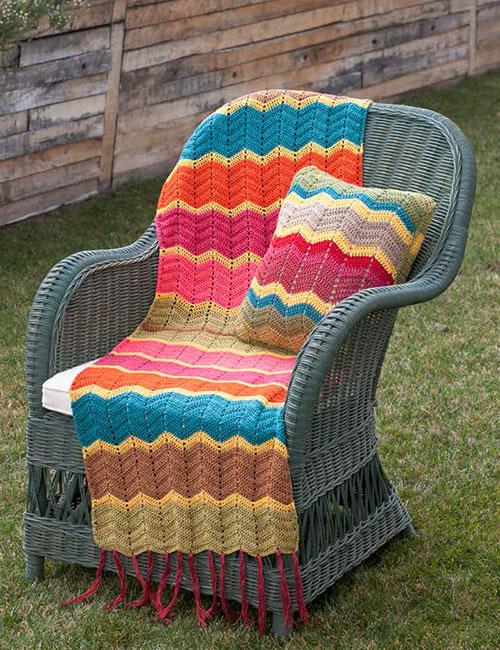cojín y mantilla con ondas a crochet